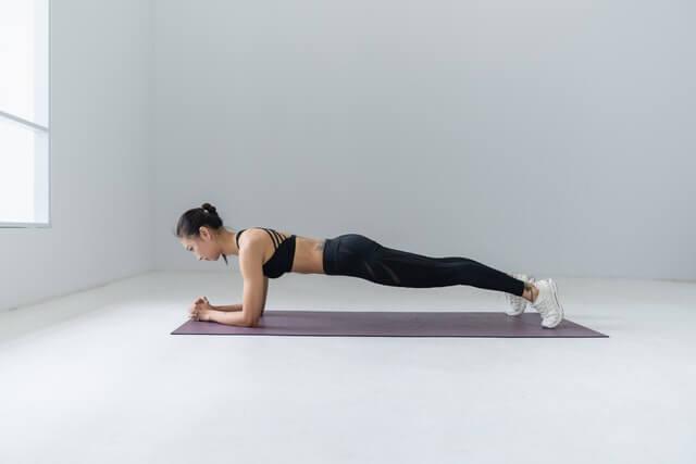 Die 5 besten und effektivsten Übungen für Zuhause